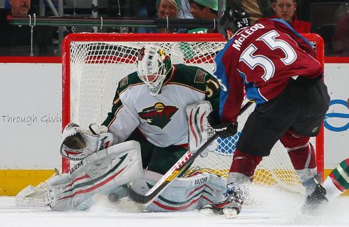 Avs Cruise To 7-1 Win Over Wild