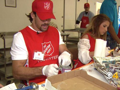 Broncos Help Prepare Food For Salvation Army's Thanksgiving Dinner