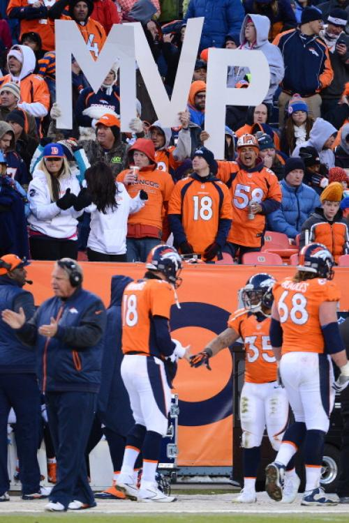 Denver Broncos Peyton Manning Must Be NFL MVP over Adrian Peterson