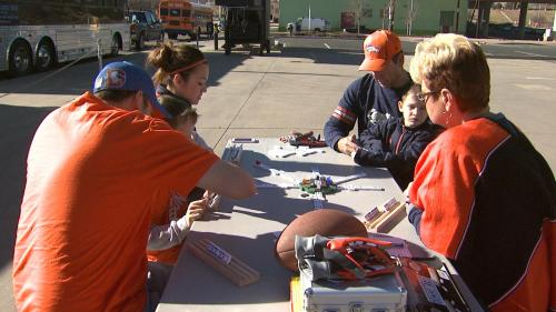 Fans Already Lined Up To Tailgate Broncos Game