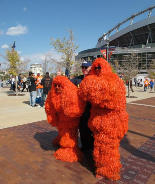 How-To Guide To Build Your Homemade Broncos Fan Tailgating Outfit