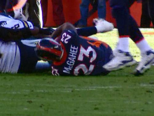 McGahee Hurts Knee, Leaves Game During 1st Half
