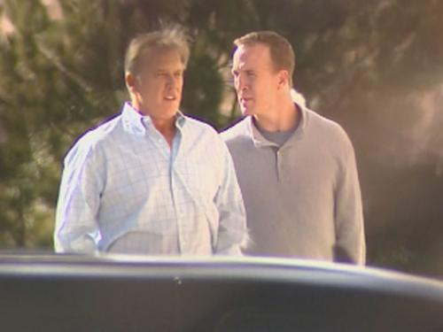 Peyton Manning Meets With Broncos