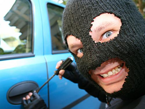4 Things Car Thieves Love To See